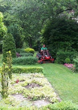 Pflegearbeiten Garten- und Landschaftsbau Galabau Winnen